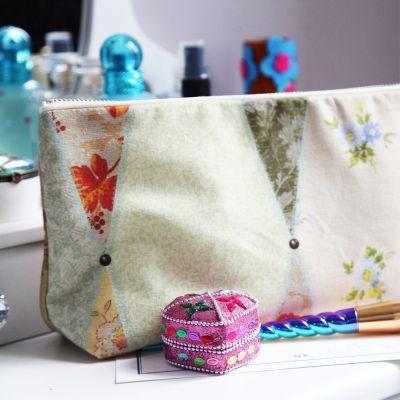 Wallpaper Cosmetic Bag